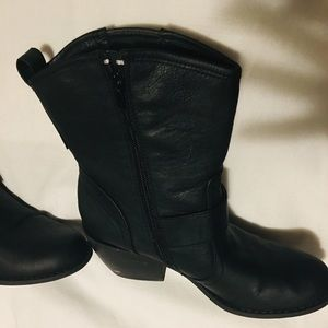G by Guess Shoes - Short cowboy moto boots